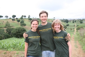 Team MayanTerra Experiencing the Guatemalan Farm
