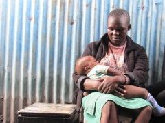 Kenyan mother in Nairobi slums