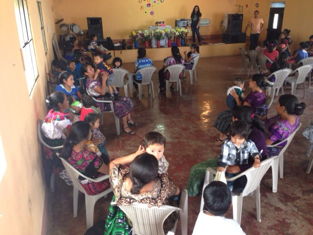 Jolt workshop with mothers and their children in Guatemala
